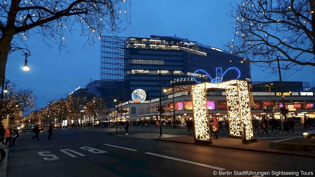 berlin lichterfahrt 2019 gl hweinstopp berliner lichterfahrten. Black Bedroom Furniture Sets. Home Design Ideas